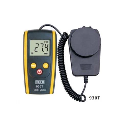 930T Digital Lux Meter (with flexible cord sensor)